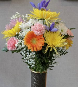 Premium Tribute Bouquet