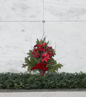 Mausoleum holiday bouquet