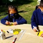 children creating honey bee craft